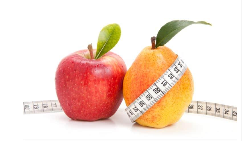 Une paume et une poire pour représenter régime adapté au syndrome métabolique