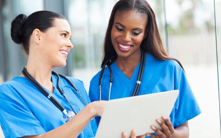 Remplacer une infirmière libérale