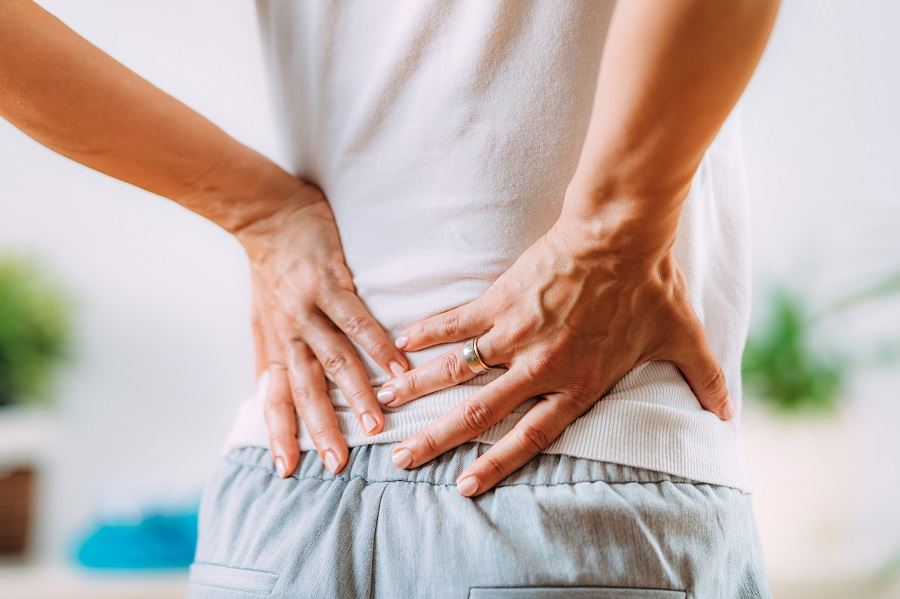 Sciatique : causes, symptômes et traitements
